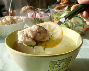 อาหารรัสเซีย Ukha (Russian fish soup), sea fish version